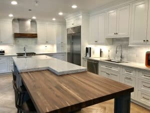 kitchen peninsulas with seating