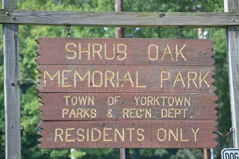 Town sign of Shrub Oak