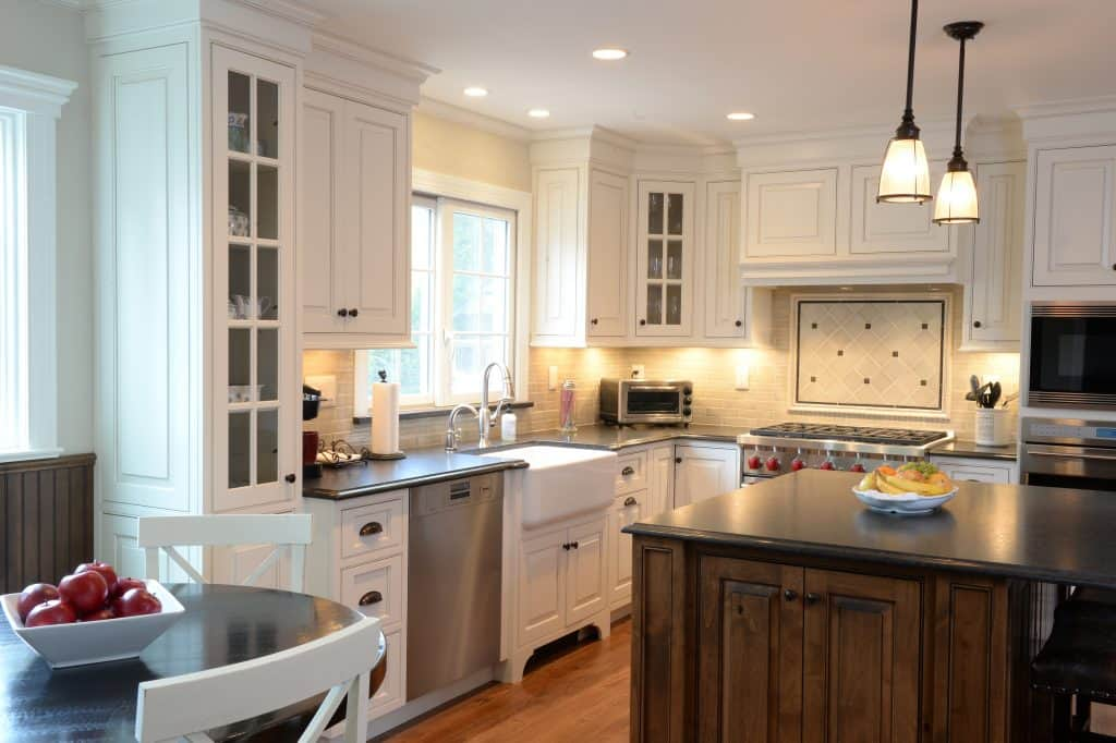 White Shaker Cabinet Doors with Glass