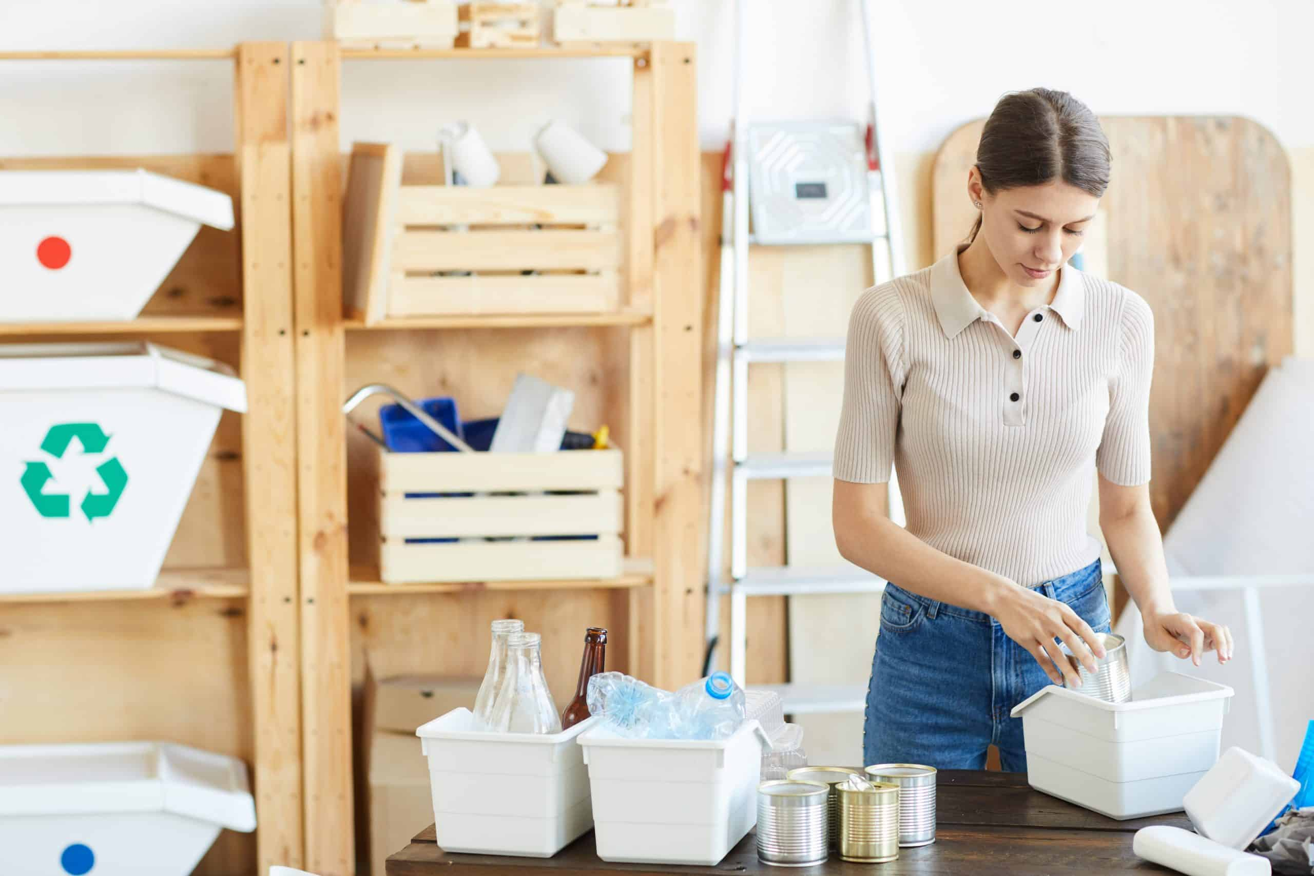 step by step instructions of decluttering the kitchen
