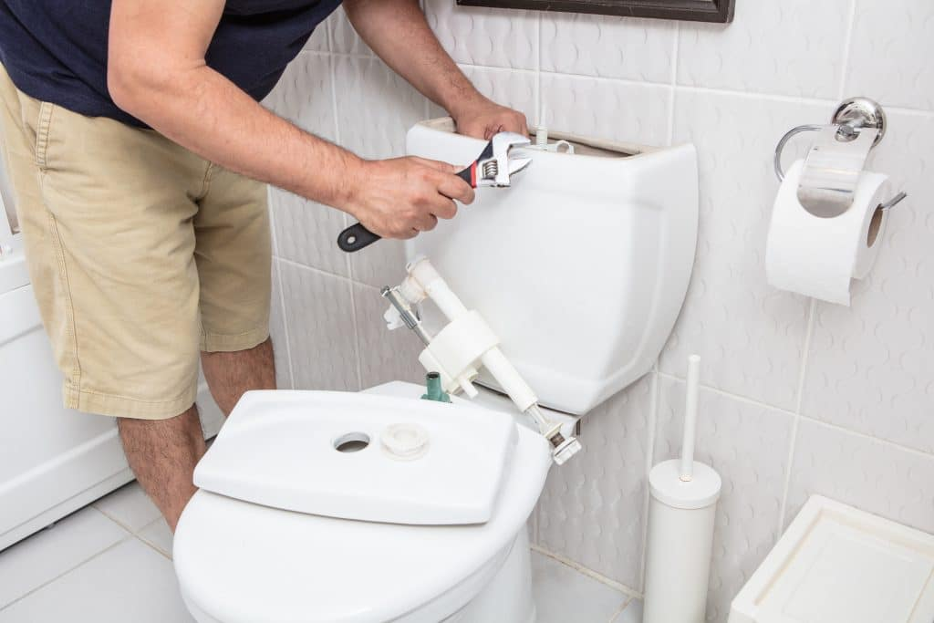 Fixing sewage pipe - sewer gas smell