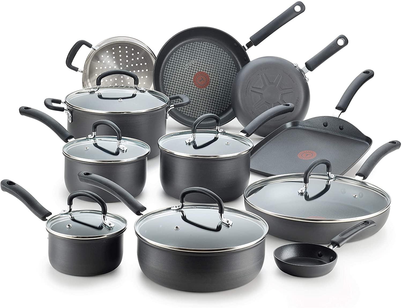 T-Fal Ultimate 17-Piece Titanium Cookware Set