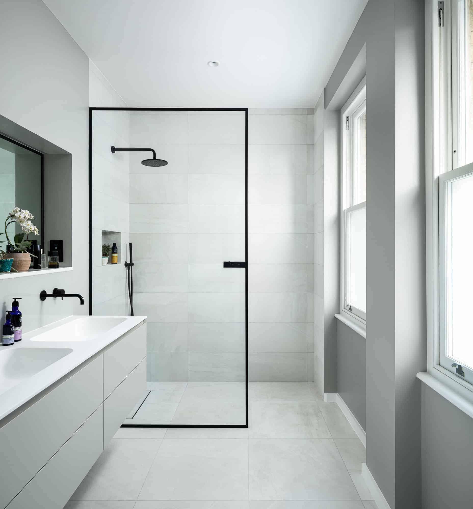 Walk-in Shower With No Doors