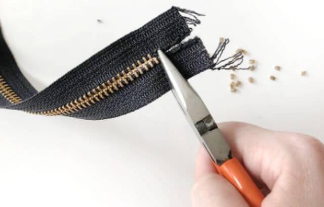 How to Fix Broken Zipper